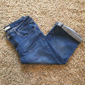 Levi's Jean Crop size 14!